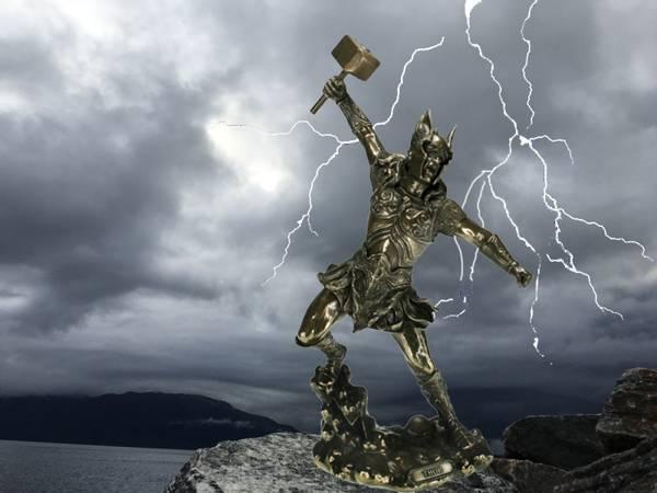 Bilde av Thor