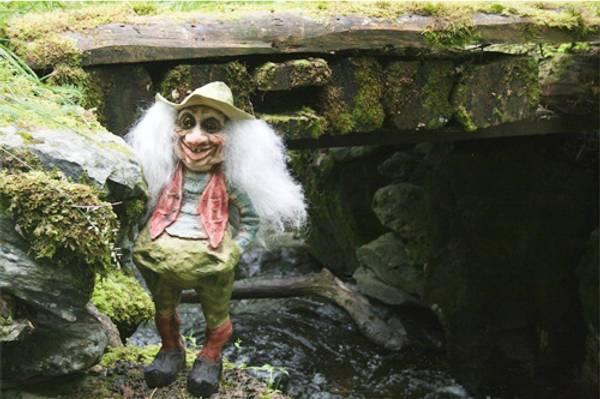Bilde av Tuftekall med hatt (Troll nr. 207)