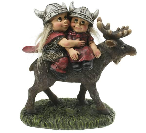 Bilde av Vikingbarn ridende på elg