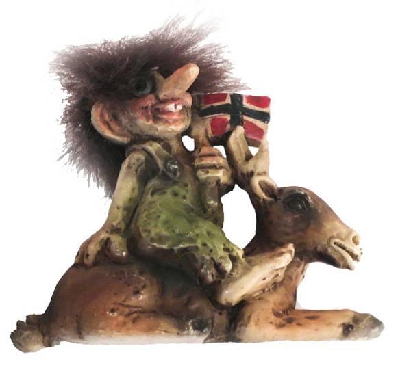 Bilde av Troll med elg og flagg, magnet