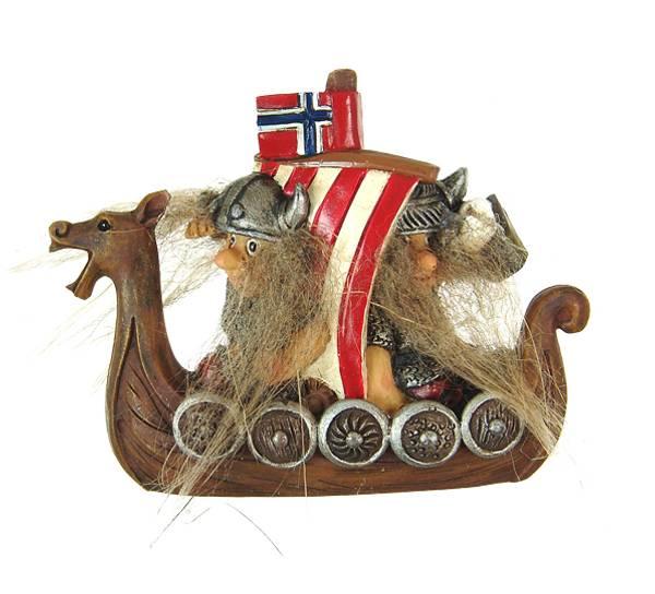 Bilde av Magnet, vikinger i båt med norsk flagg