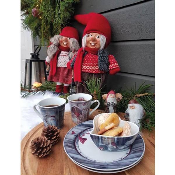 Bilde av Nissegutt med lykt og rød/hvit genser