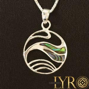 Bilde av Eurynome - Sølvanheng med abaloneskjell