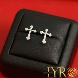Bilde av Kors sølv øredobber
