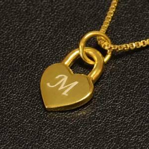 Bilde av Lite hjertesmykke  med valgfri bokstav - Gullbelagt