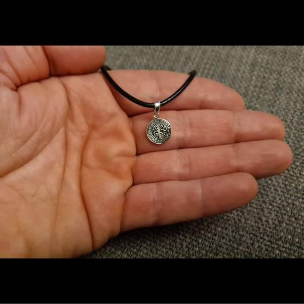 Bilde av Liten Livets Tre amulett - Sølvanheng