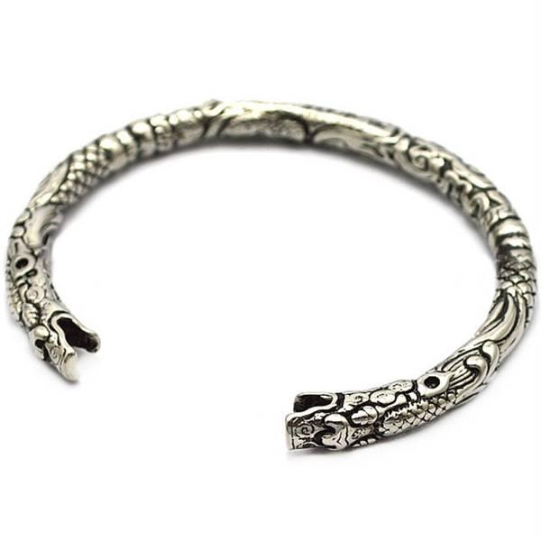 Bilde av Vikinginspirert armring i stål