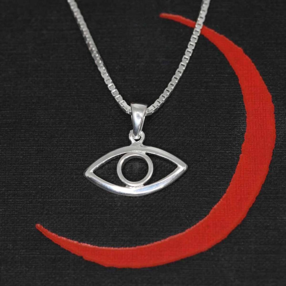 Det altseende øye - Sølvamulett