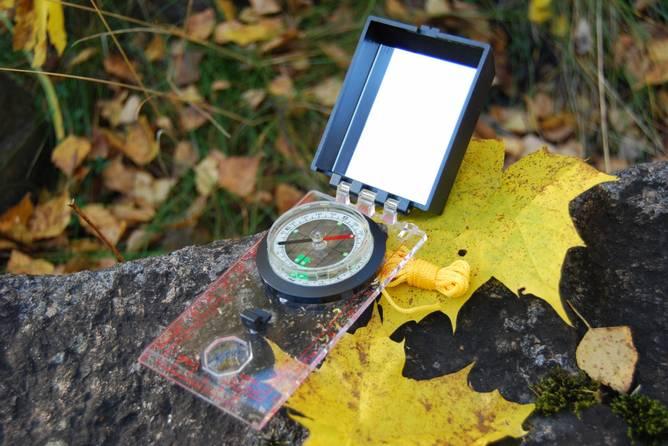 Bilde av Kompass med speil & dioptersikte