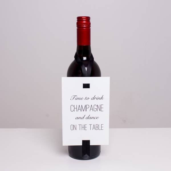 Bilde av VINKORT - Time to drink champagne and dance on the table -