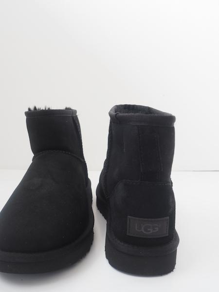 Bilde av UGG Classic Mini II Black