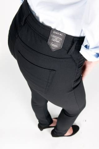 Bilde av Funaki Aventura Black jeans