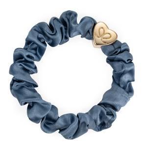 Bilde av BE Gold heart silk scrunchie faded denim