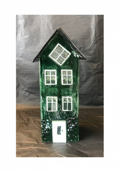 Bilde av Glass hus grønn 24 cm