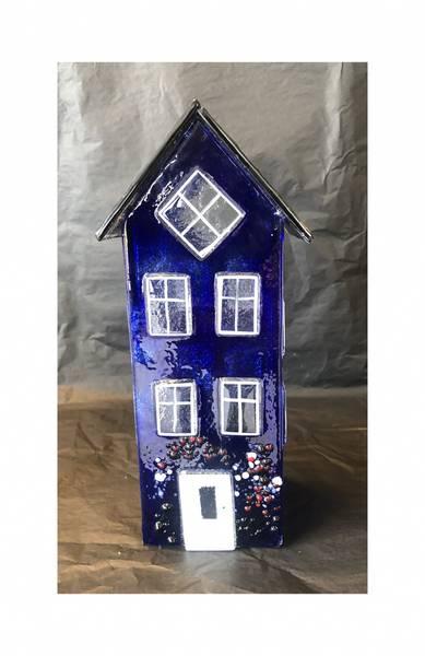 Bilde av Glass hus blå 24 cm