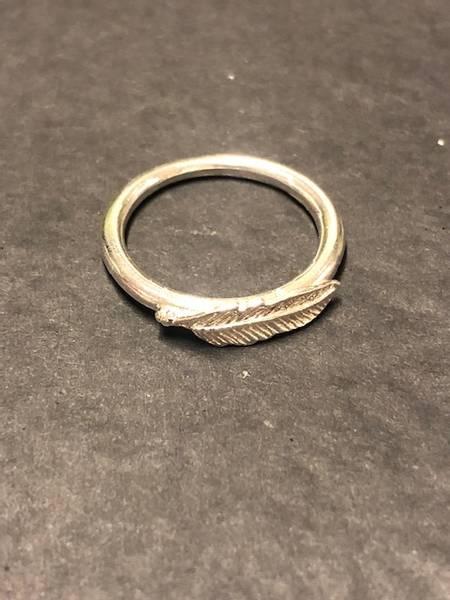 Bilde av Feather love sølv ring