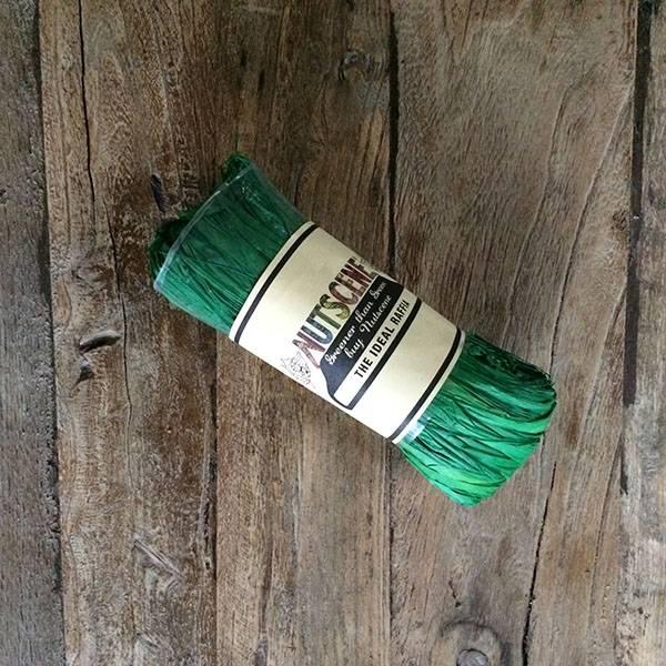 Bast - smaragdgrønn