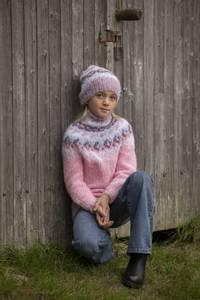 """Bilde av 2027-1b """"Nova""""-genser og lue: VIKING GARN"""