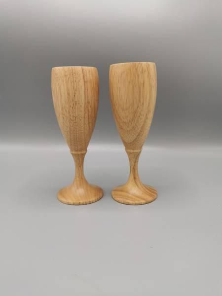 Graverte vin-og champagneglass