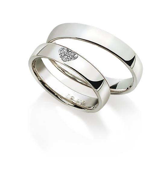 Gifteringer med diamant 8240/0640 4mm