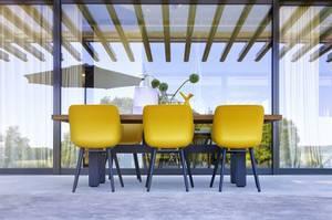 Bilde av Sophie Organic Studio – Carbon Black/Curry Yellow