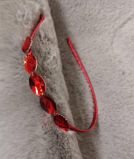 Bilde av Hårbøyle med stener
