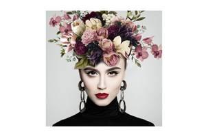 Bilde av Blomsterkvinne - Glass Bilde (120x120)