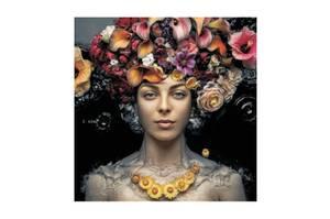 Bilde av Kvinne med Blomster - Glass Bilde (120x120)