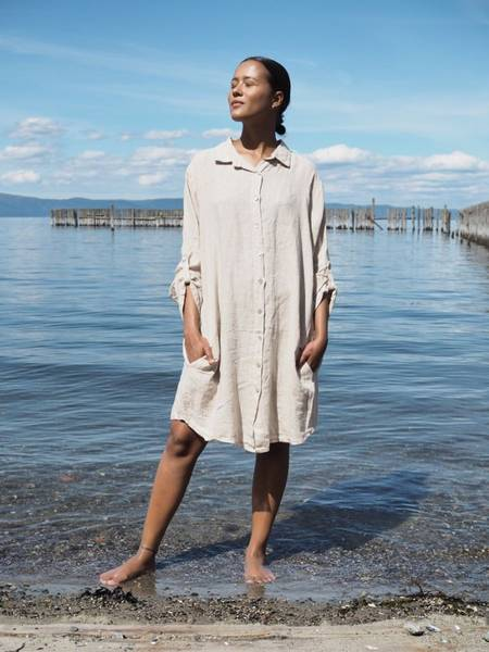 Bilde av Nectar Thale Linen Dress Beige