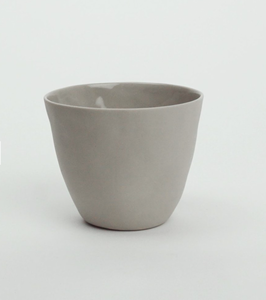 Bilde av Kajsa Cramer kopp beige 10cm (kommer i april)