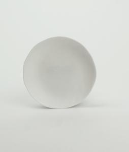 Bilde av Kajsa Cramer fat 13cm (f.eks til kopp) hvit