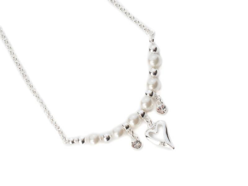 10641 Kort hvite perler hjerte og stener