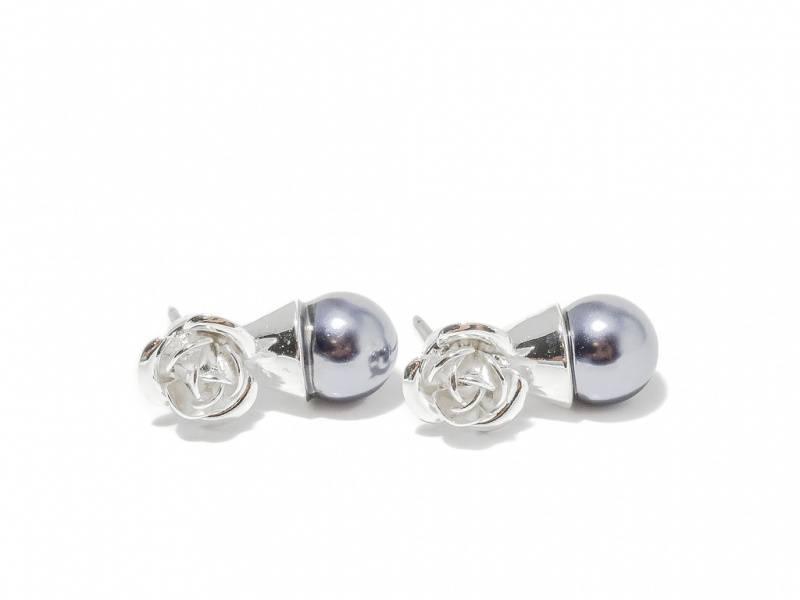 70125 Øredobber med grå perle og sølvfarget rose