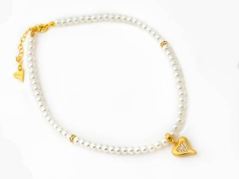 Bilde av 10672 kort smykke hvite perler gullfarget hjerte
