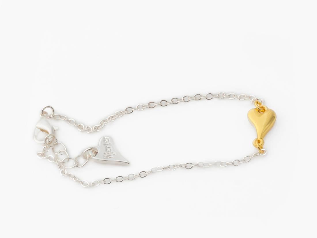 20290 Armbånd med lite gull hjerte