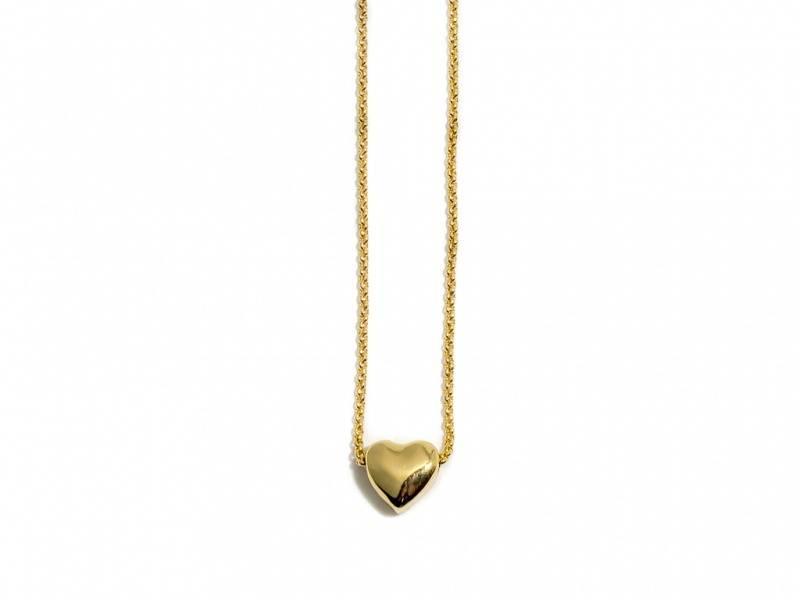 90108 Kort halssmykke med lite gullfarget hjerte