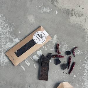 Bilde av Mørk sjokolade m/lakris & chili