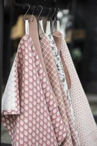 Bilde av Kjøkkenhåndkle faded rose med mønster