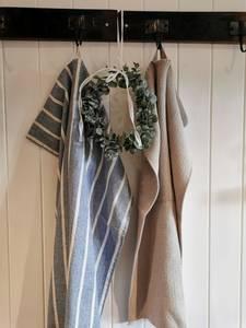 Bilde av Håndkle strikket beige mynte