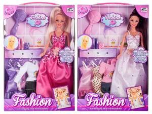 Bilde av Judith dukke fashion med 4 kjoler og tilbehør