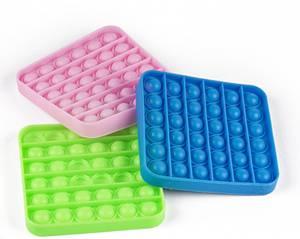 Bilde av Pop-it  Pop'n play firkantet 3 ass farger