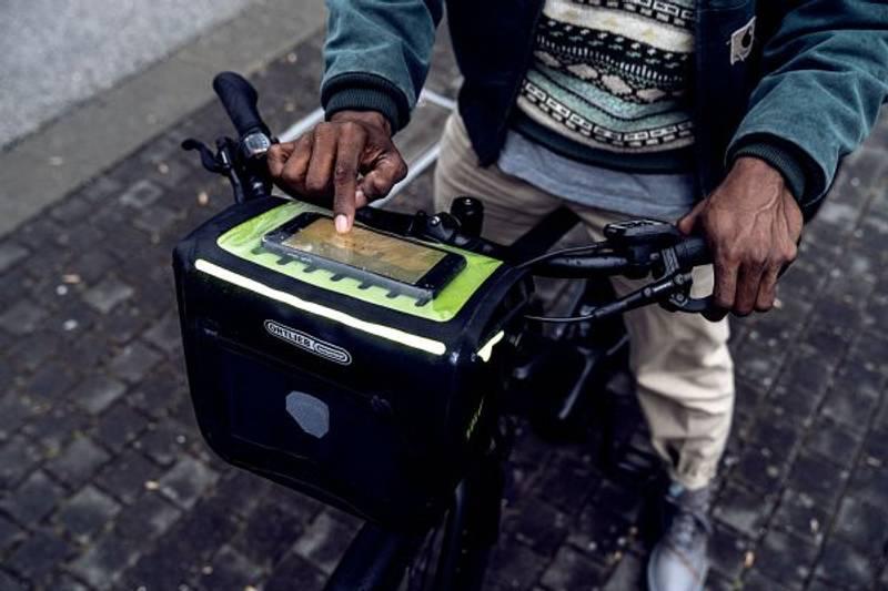 Bilde av E-Glow Handlebar mount [7 L] black