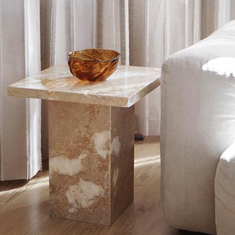 Bilde av Core Side Table Travertine