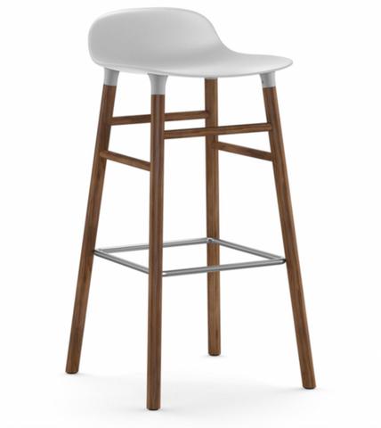 Bilde av Form Barstol Valnøtt Hvit