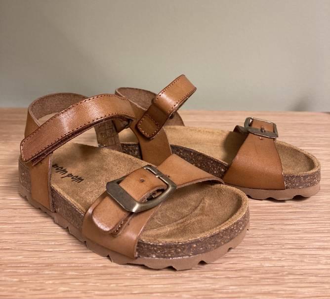 Bilde av Brune skinn sandaler