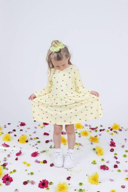 Bilde av ALMA-LS-BABYDOLL-DRESS (KIDS) - CHERRY PRINT