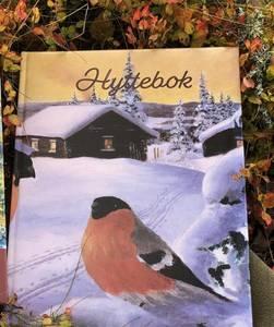 Bilde av Hyttebok Dompap A4
