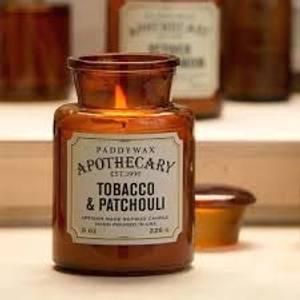Bilde av Apothecary duftlys Tobacco & Patchouli XL