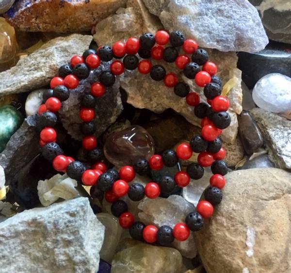 Bilde av Armbånd Lava og Rød Korall