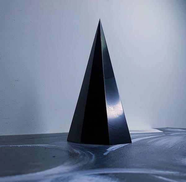 Bilde av Shungitt Oktaedrisk Tårn 11cm